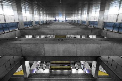 Underground: Lissabon I (2013), Dennis van de Water (Art Print)